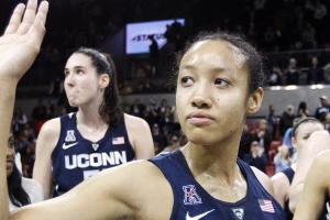 코네티컷 대학 91연승 NCAA 디비전 1 신기록 세워