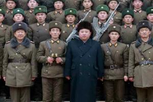 """북한 신형 ICBM 제작 정황 포착…""""김정은 발사 명령만 남았다"""""""