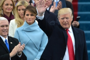 트럼프 '힘의 외교' 세계질서 흔든다