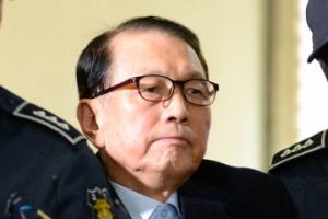 [서울포토] 특검에 소환되는 김기춘 전 청와대 비서실장