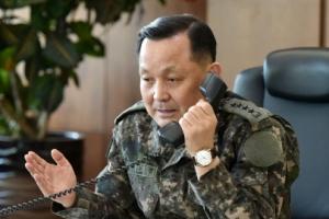 철원 최전방서 미확인 비행체 군사분계선 남하…군 경고사격
