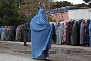 [송혜민 기자의 월드 why] 다른 전통일까, 틀린 악습일까 부르카 벗기는 '이슬람 포비…