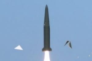 북한 미사일 발사…정부, '현무 탄도미사일' 실사격 검토