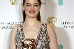 [포토] 엠마 스톤, BAFTA 여우주연상 수상… 오스카도 거머쥘까