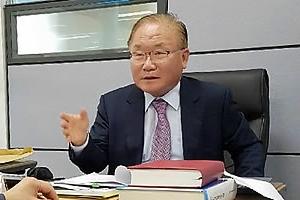 박 대통령, 헌법재판관 출신 이동흡 변호사 영입…헌재소장 청문회서 낙마