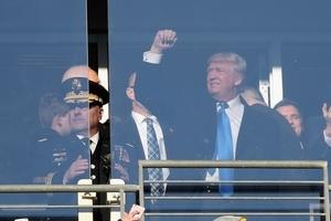 """트럼프 대통령 """"3월의 광란 대진표 빈 란 적어넣는 것 올해는 패스"""""""