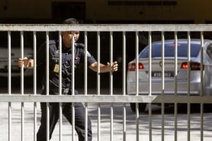 김정남 암살 北용의자 체포…북한 대사관, 리정철 면담 요구