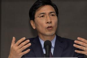 [서울포토] 관훈토론회 참석한 안희정 충남지사