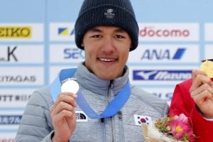 [포토] 삿포로 AG, 크로스컨트리 10㎞ '은메달' 목에 건 김마그너스