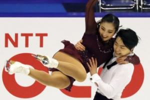 '아이스댄스 쇼트 4위' 이호정-감강인 팀의 에너지 넘치는 연기