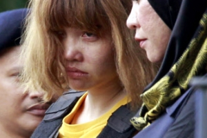 처음 공개된 김정남 살해 여성 용의자들... 초췌한 모습에 긴장한 표정 역력