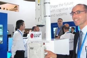 5G 핵심 '무선백홀 기지국' …LGU+, 노키아와 공동개발