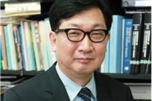 [시론] 소비 심리를 되살리려면/김정식 연세대 경제학부 교수