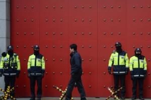 [서울포토] 중국 보복조치 계속…주한중국대사관 경계 강화