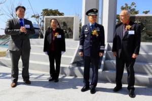 '전쟁고아 아버지' 헤스 美대령 기념비 건립
