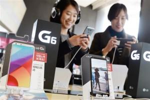 LG 'G6' 출시 예약판매 돌풍 계속 이어갈까