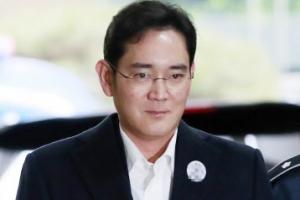 """홍라희, 절절한 모성애 느껴지는 카톡 """"아들 구속 가슴이 찢어진다"""""""
