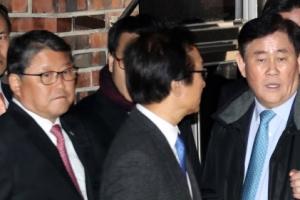 친박, 박 前 대통령 돕기로…총괄에 서청원·최경환, 대변인은 민경욱