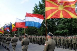 [글로벌 인사이트] '트럼프 충격'에 나토 동맹 흔들… 유럽, EU軍 창설 움직임