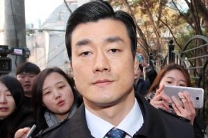 '박근혜 비선진료 방조' 이영선 징역 1년 선고···법정 구속