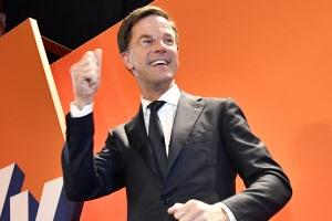 '네덜란드의 트뤼도', 극우 포퓰리즘 꺾었다