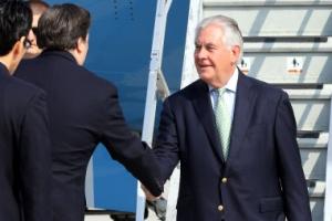 틸러슨 미 국무장관 첫 방한…블랙호크 타고 DMZ로 직행