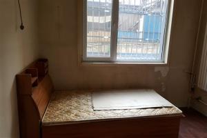 이런 쪽방이 1㎡당 2500만원…중국 맹모들이 만든 '미친 집값'