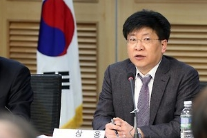 朴, 변호인단 몸집 불리기…최근서·이상용 변호사 합류
