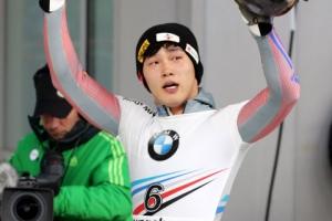 아! 0.01초… 윤성빈 평창 월드컵 아쉬운 銀