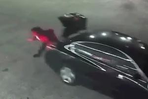 납치된 여성, 차 트렁크에서 몸 던져 탈출 성공