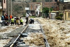 페루 최악 홍수… 최소 72명 사망·수천명 이재민 발생