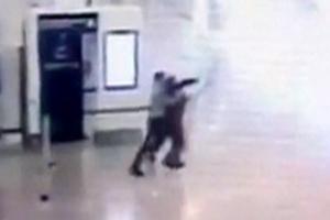 [포토] 파리 공항 총기 탈취범, 범행 당시 술·마약에 취한 상태