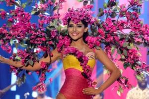 [포토] '머리에 꽃이 한가득'… 미스 콜롬비아의 멋진 포즈