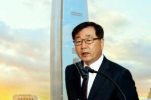 롯데월드타워 4월3일 개장…100층 호텔객실 1박에 최고 2천만원