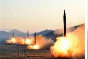 """북한, 원산서 미사일 1발 발사…국방부 """"실패한 것으로 추정"""""""