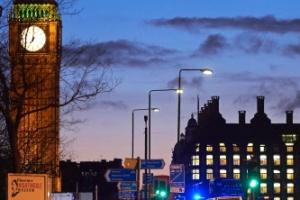런던 테러로 5명 사망, 최소 40명 부상…한국인도 5명 다쳐