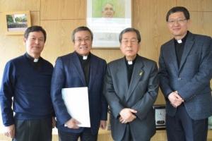 가톨릭 신학 연구 필독서  '덴칭거' 한국어판 첫 발행
