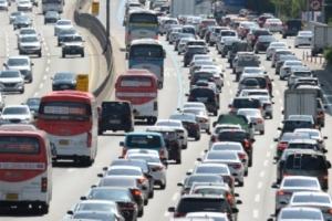 3040 신차구입 줄어…지난해 새차 등록 182만대, 0.6% 감소