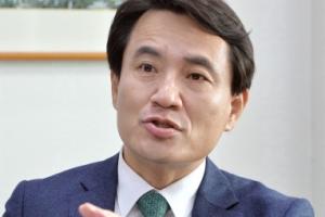"""""""샤이 보수, 앵그리 보수 됐다… 투표장 나오면 文 집권 막을 것"""""""
