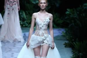 [포토] 란제리 스타일의 시스루 드레스로 '시선 강탈'