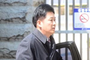박근혜 전 대통령 영장심사 D-1…유영하 변호사와 최종 대책 논의