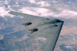 """""""美 스텔스 전략폭격기 B-2 최신형 체계로 성능 1천 배 향상"""""""