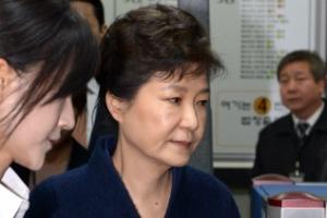 박근혜 전 대통령 피의자 심문 8시간 40분만에 종료