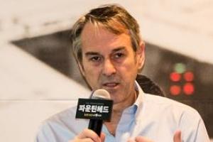 """토니상 2관왕 연출가 """"750쪽 원작 단숨에 읽어… 최고의 작품"""""""