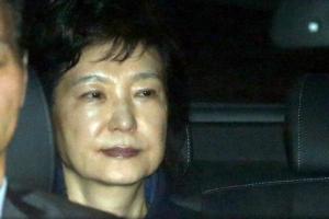 """박근혜, 이재용에 """"JTBC는 왜 그렇게 정부를 비판하나"""""""