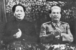 마오쩌둥 집권 승부수는 '중국의 스탈린화'