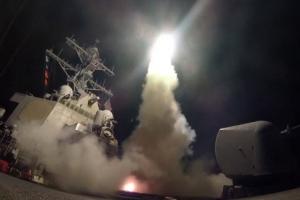 """""""트럼프 회담장에서 시리아 공격 명령···만찬장서 시진핑에 통보"""""""