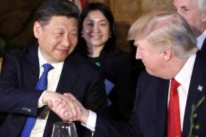 """시진핑·트럼프 통화…""""한반도 비핵화 견지, 평화적 방법으로 협력"""""""