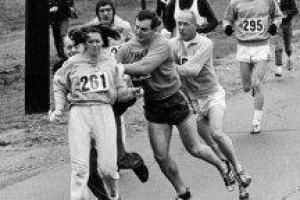 여성 스포츠 편견 상징서 '세상 바꾼 261번'