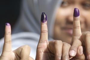 인도네시아의 투표 인증샷은?